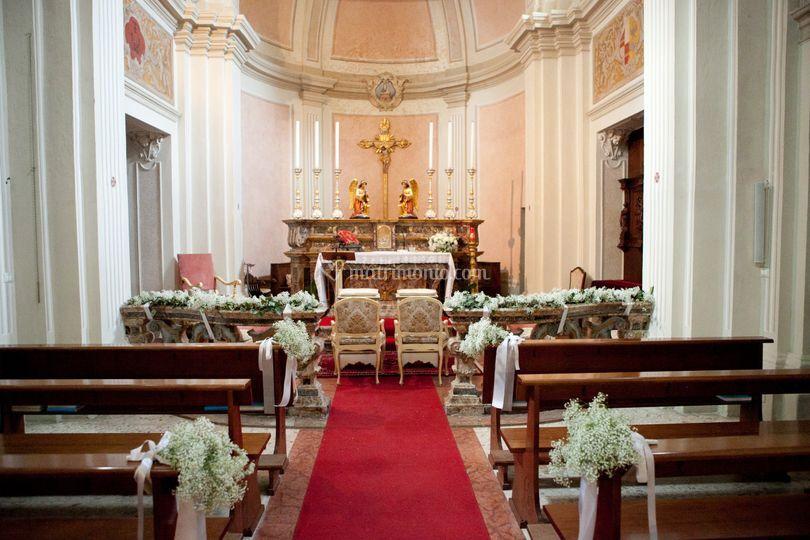 La chiesa della villa