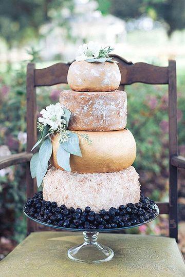 Torta nuziale formaggi idea