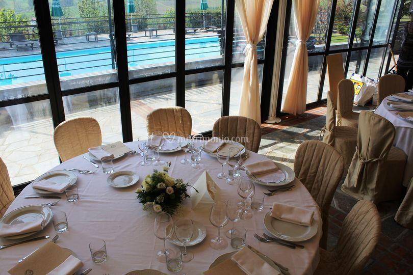 Sala vista piscina
