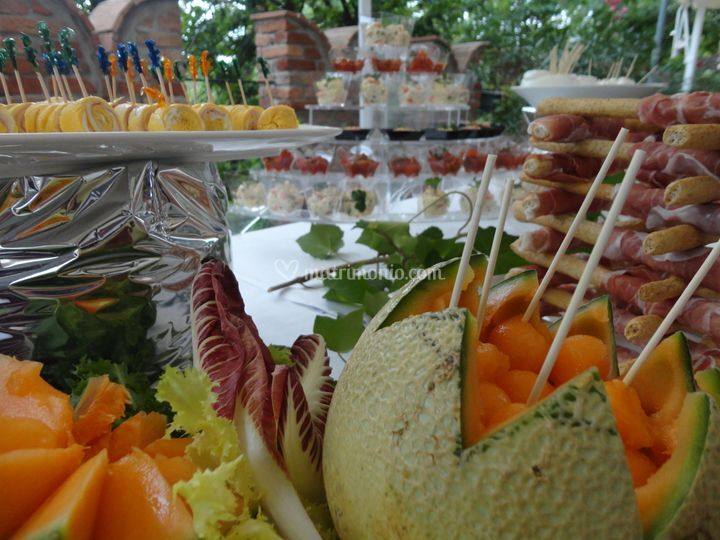 Aperitivo a buffet - esempi