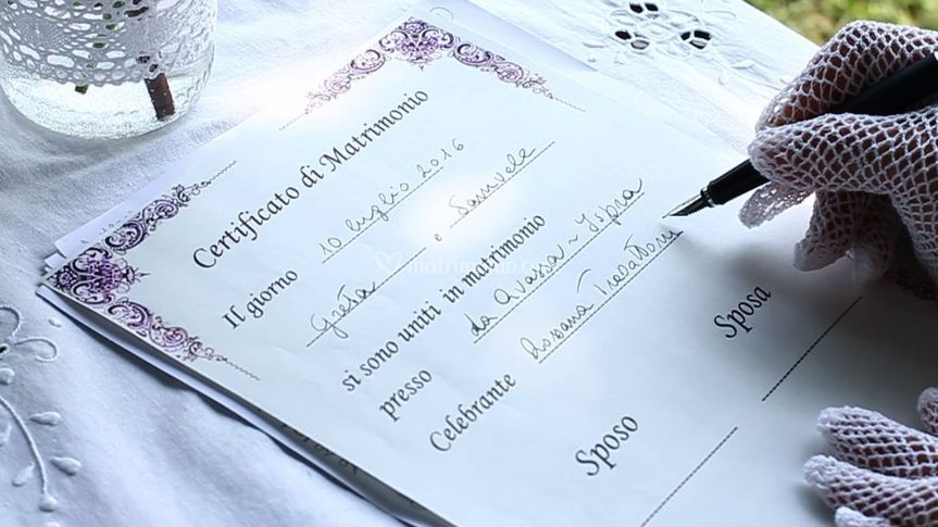 Certificato Matrimonio Simbolico : Firma certificato di matrimoni di celebrante cerimonia simbolica