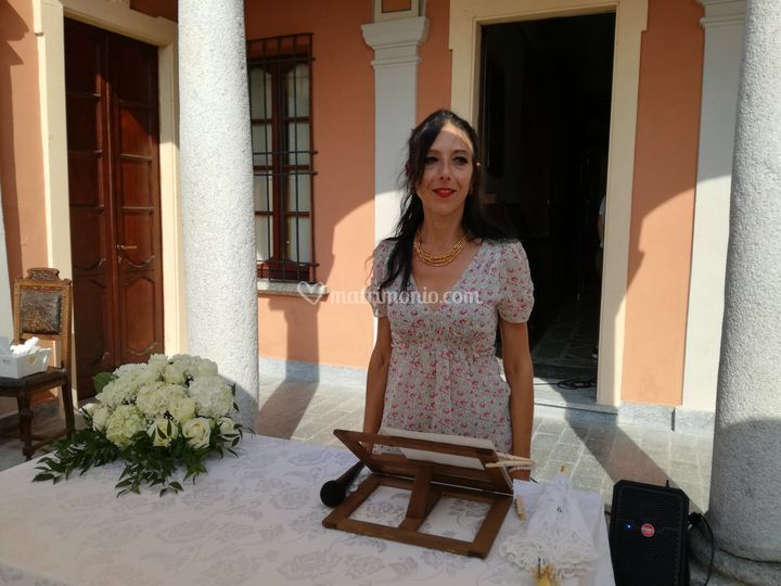 Certificato Matrimonio Simbolico : Celebrante cerimonia simbolica