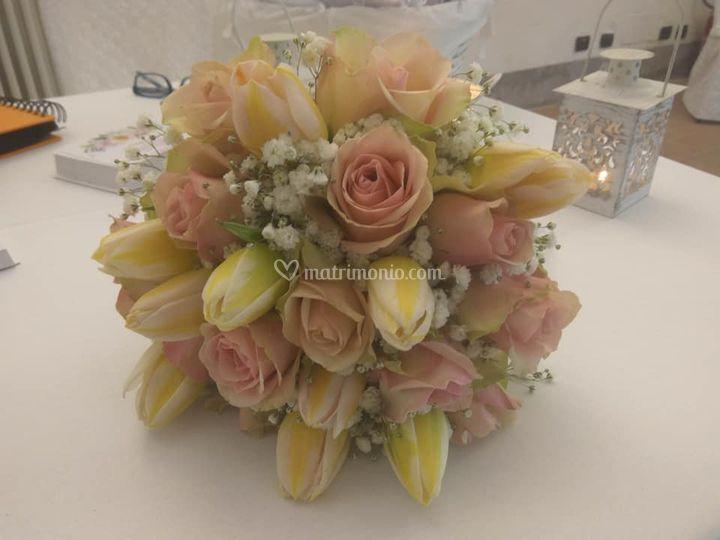 Bouquet con tupipani