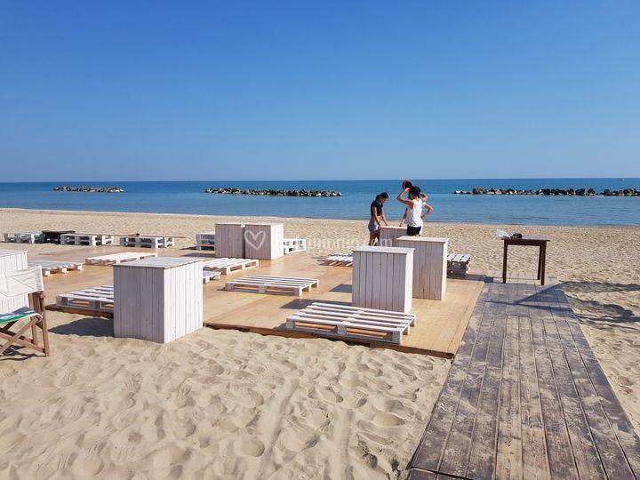 Piattaforma in spiaggia