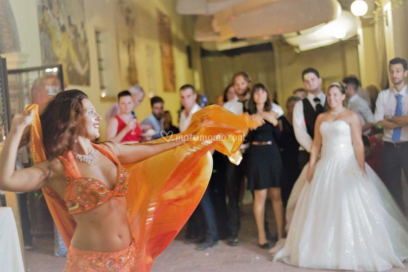 Danza del Ventre con Velo