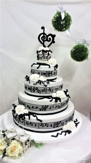 Wedding cake note musicali