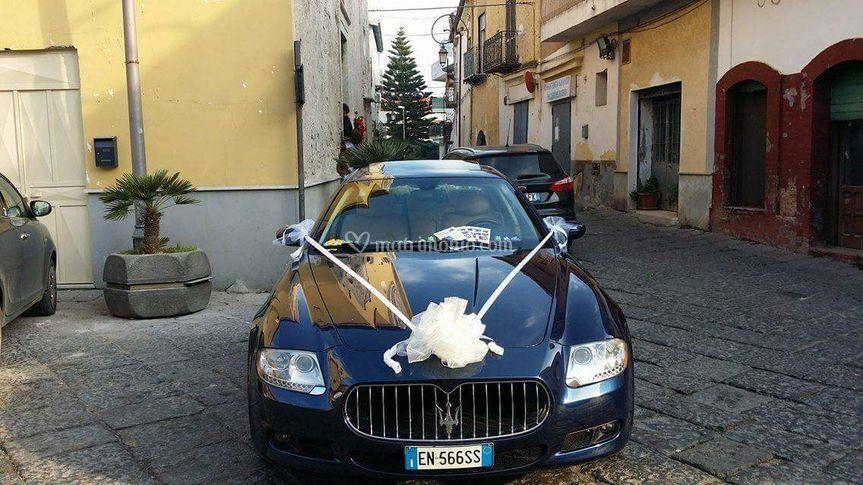 Maserati 4 porte blu