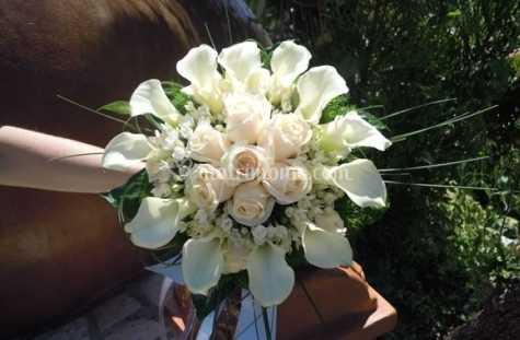 Bouquet Sposa Tondo.Bouquet Sposa Rotondo Di Flowers Fotos