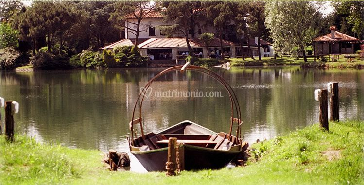 Vista del lago di Cascina Santa Croce
