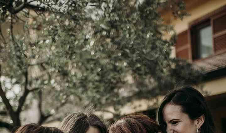 Elisa e le sue damigelle