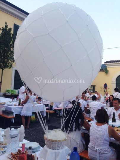Mongolfiera Cena in Bianco