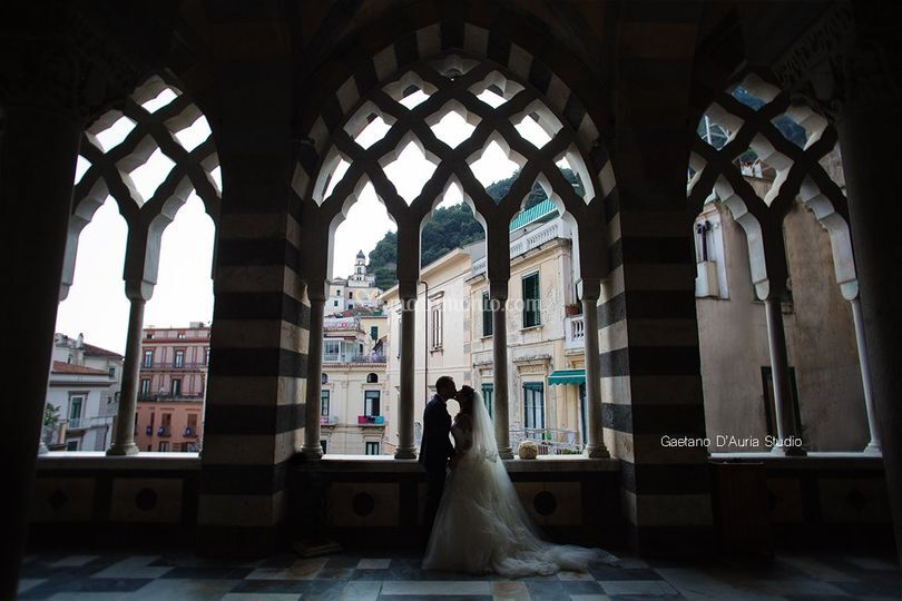 Amalfi foto classica sposi