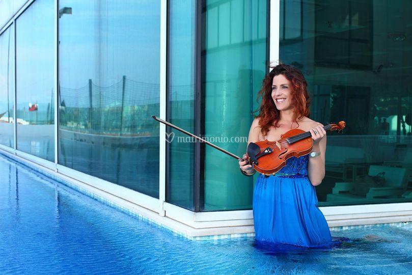 Angela Benelli violino