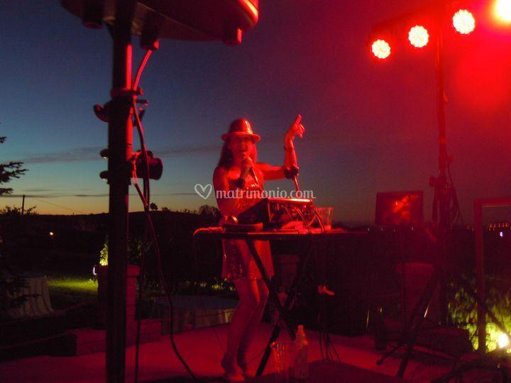 Claudia servizio DJ