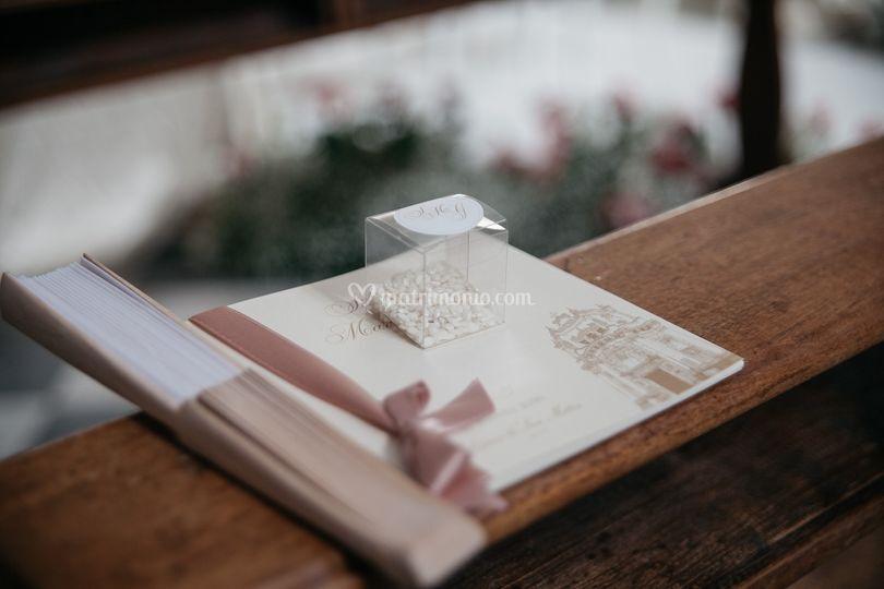 Libretto, ventaglio,porta riso