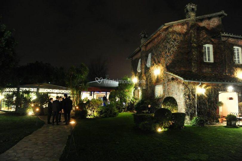La villa di sera in inverno
