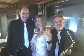 Alessia Digiò Pianobar Karaoke ed Animazione
