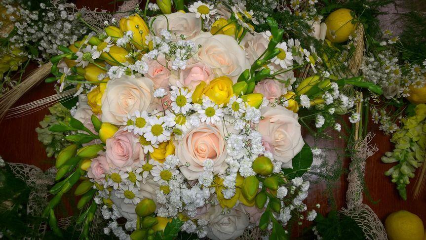 Bouquet rose cipria fresia