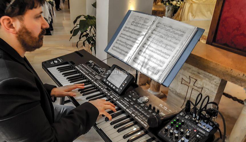 Il Maestro Andrea Luzi