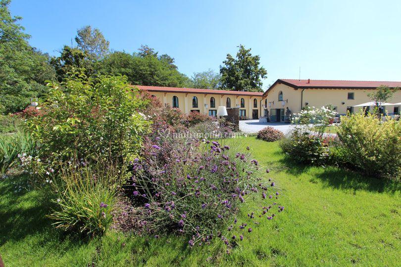 Borgo Necchi e la Club House