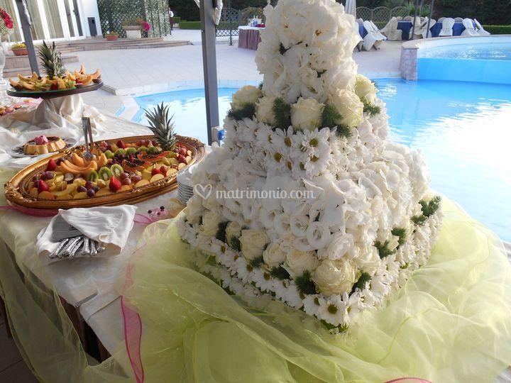 Torta nuziale...... floreale