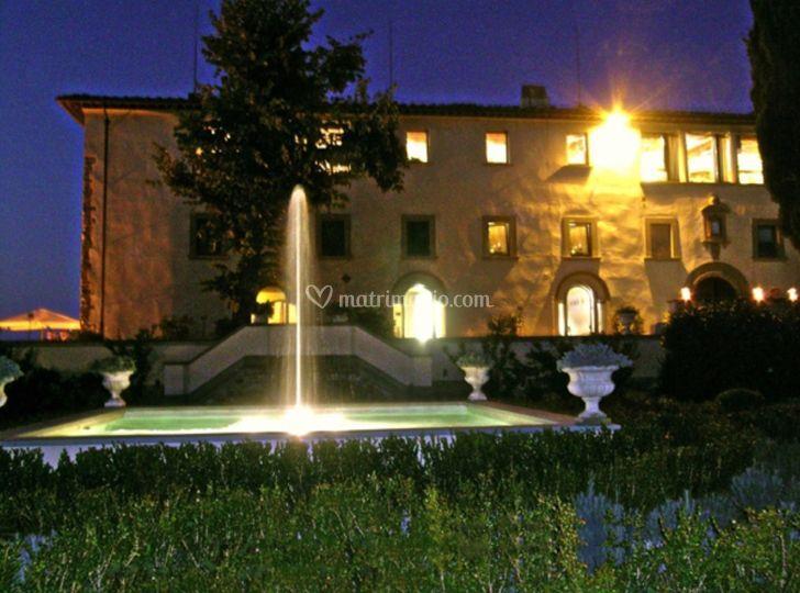 La fontana illuminata