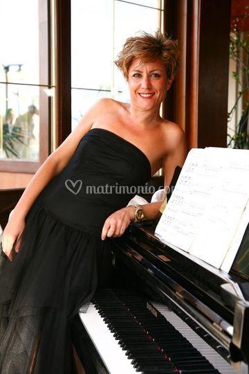Letizia al pianoforte