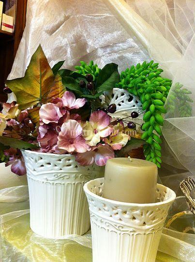 Vasi in ceramica francese di cose di casa bomboniere for Piccoli piani di casa francese