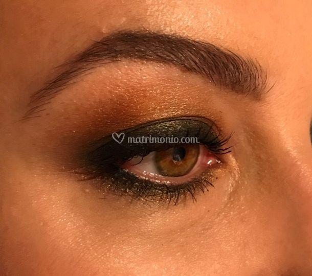 Smokey eye in Brown