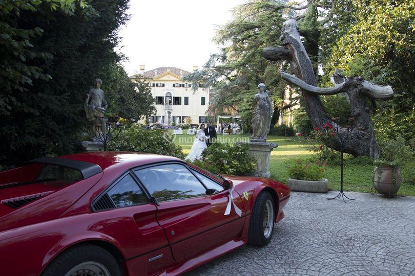 Matrimonio In Ferrari : Villa selmi