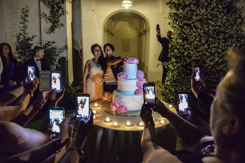 Le Spose e la Torta