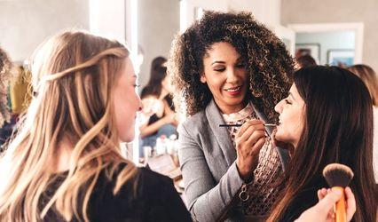 Regis Studio & Lab_Makeup Artist