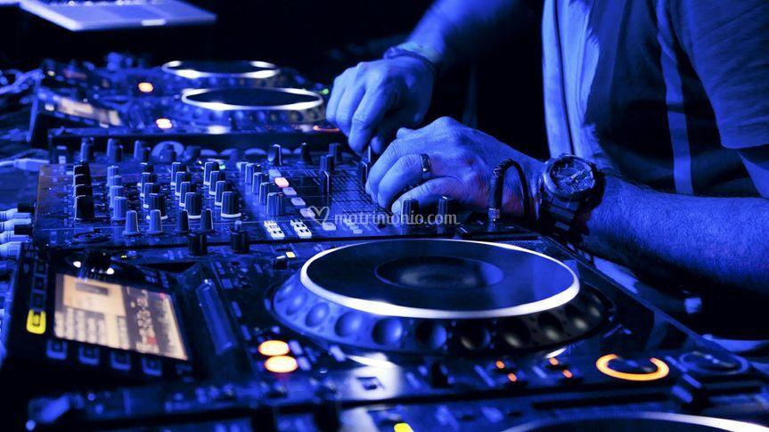 Dj service audio/luci