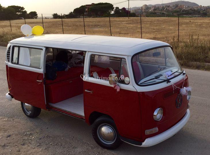 Volkswagen hippie van