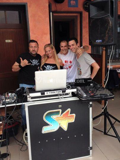 Con staff Radio Studio Più