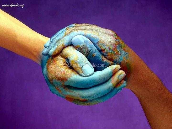 Il mondo nelle vostre mani
