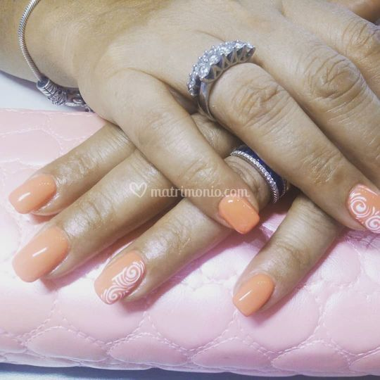 Copertura Acrygel con nail art