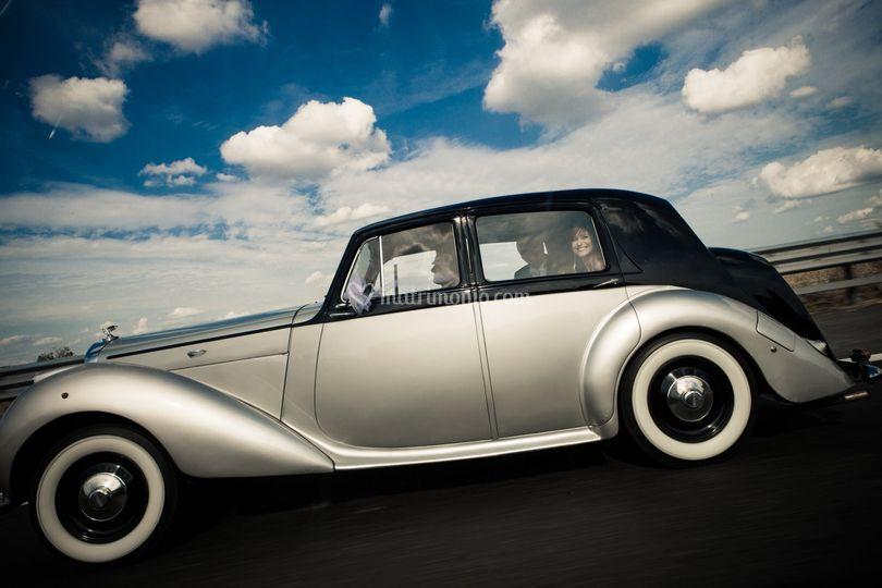 Bentley mk vi blu