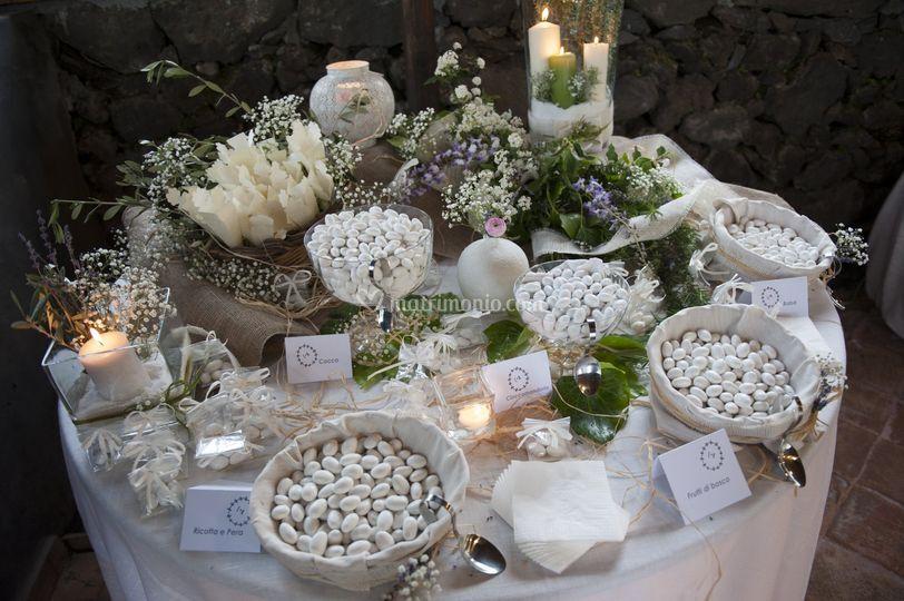 Confettata Matrimonio Rustico : Confettata shabby di agriturismo case perrotta foto