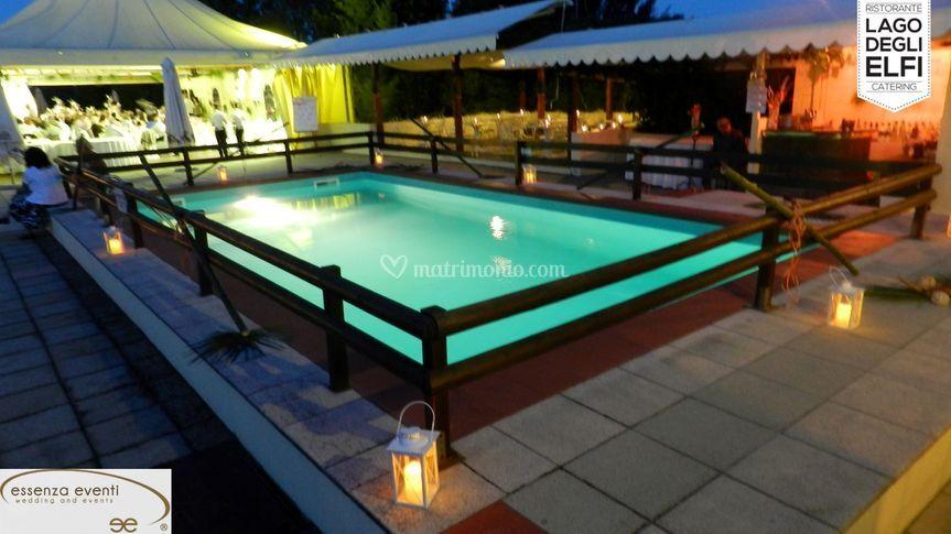 Open bar piscina notte di il lago degli elfi foto 19 for Bar piscina lago jardin 1