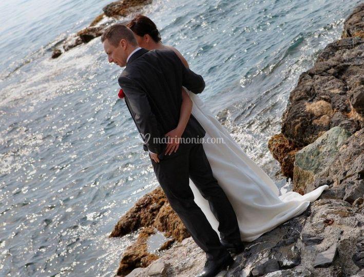 La sposa e lo sposo e il mare