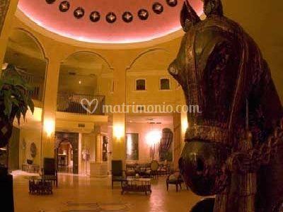 Romano Palace: Hall