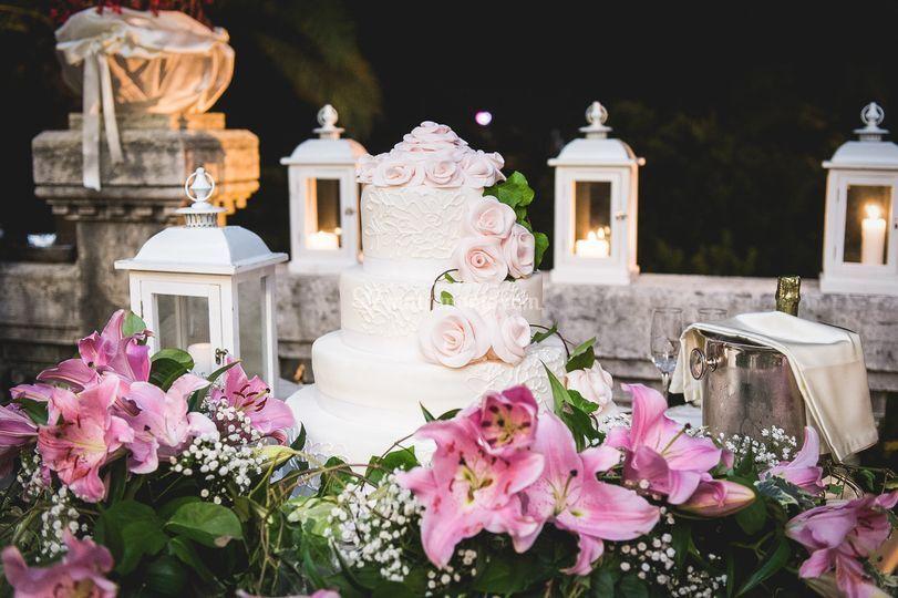 Torta a piani per gli sposi
