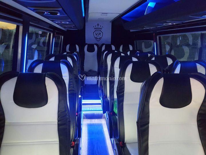 Bus 20 pax