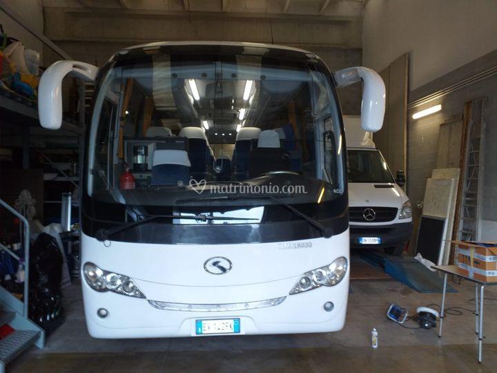 Bus 35+1+1