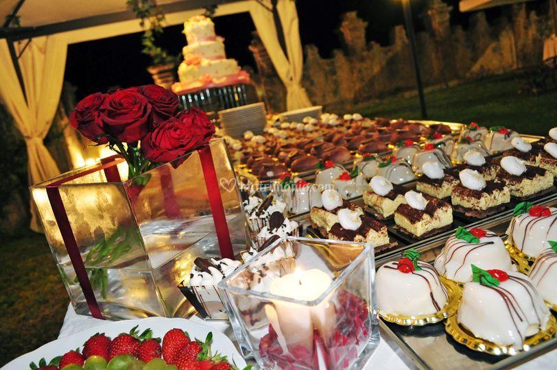 Buffet dolci Villa Caristo