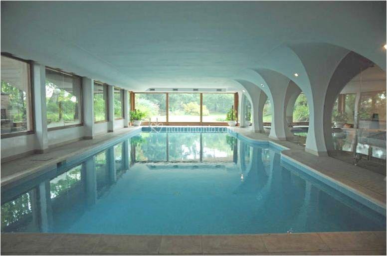 Piscina coperta di villa la favorita sedriano foto 24 - Agriturismo piscina interna riscaldata ...