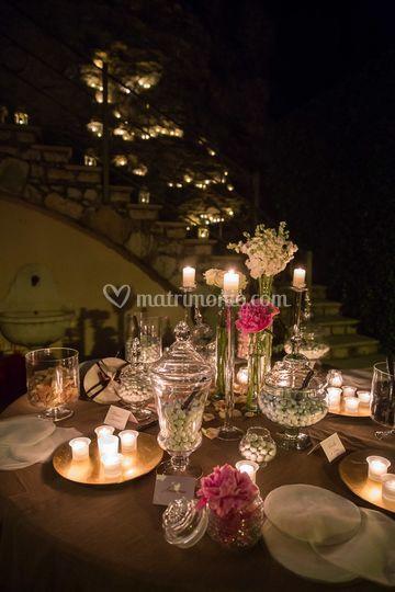 Confettata fiori e candele