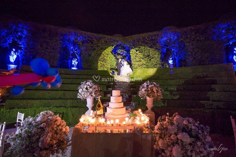 Superba wedding cake