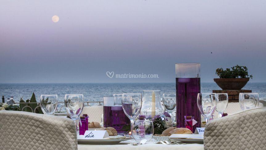 Incantevole tramonto sul mare di Hotel Caparena Taormina